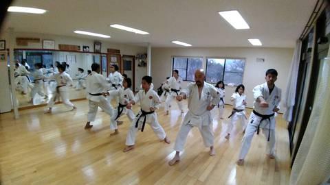 Kagamibiraki_training.jpg